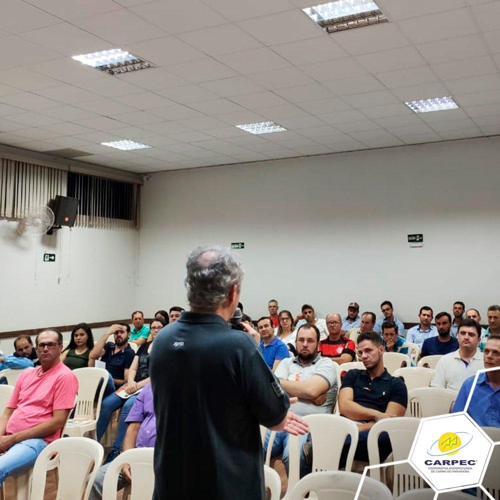 I Encontro Técnico de Pecuaristas do Alto Paranaíba.