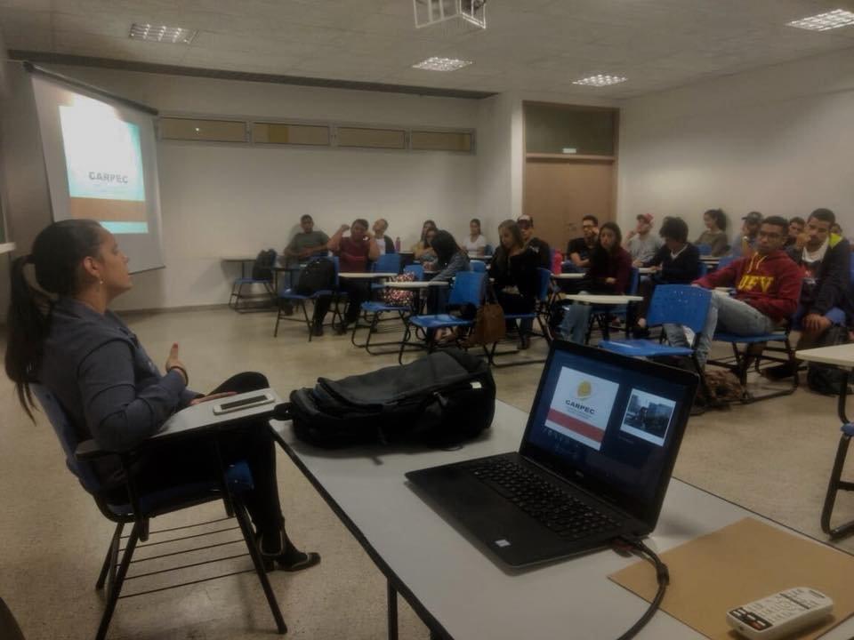 Visita alunos da Universidade Federal de Viçosa - Campus Rio Paranaíba.